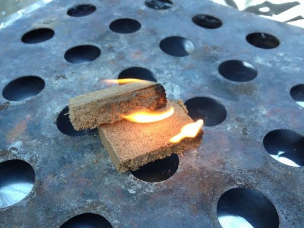 百均浪漫・炭火起こし着火剤