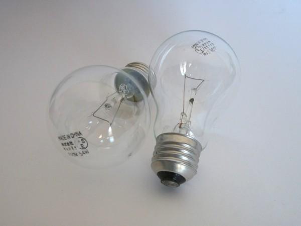 百均浪漫◆キャンドゥE26白熱電球60W(クリア)2個入り