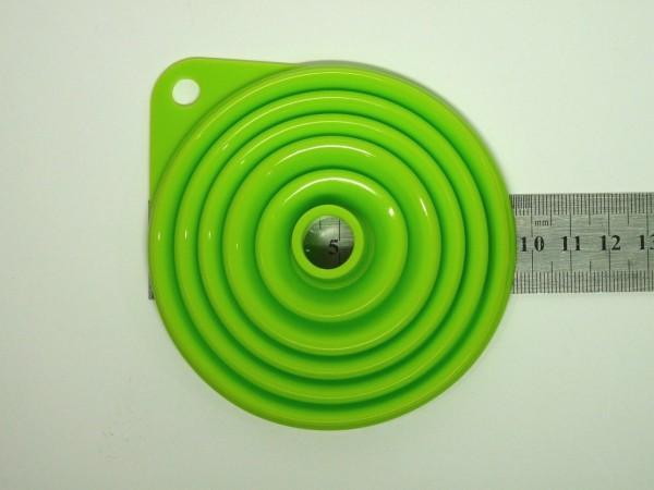 ダイソー シリコン製折りたためるじょうご9cm