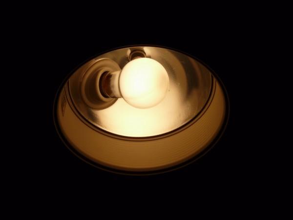 百均浪漫◆ダイソーE17口金60Wクリプトン球ホワイト