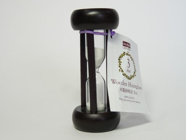 daiso-3min-wooden-hourglass-t160-02