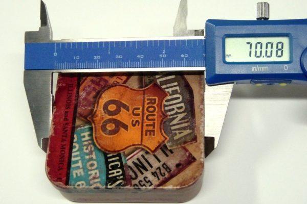百均浪漫◆山田化学 No.978 ブリック正方形(Rアメリカン)・上側サイズ測定