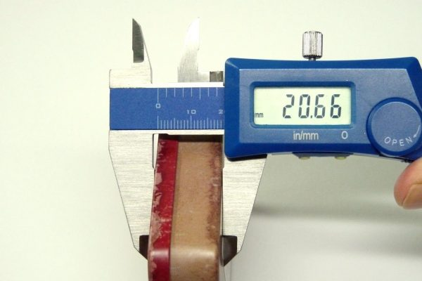 百均浪漫◆山田化学 No.978 ブリック正方形(Rアメリカン)・厚み測定