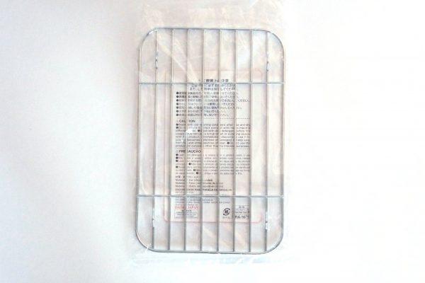 百均浪漫◆ダイソー 角バット用水切り網・パッケージ裏側