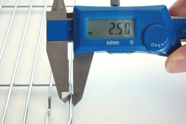 百均浪漫◆ダイソー 角バット用水切り網・直径