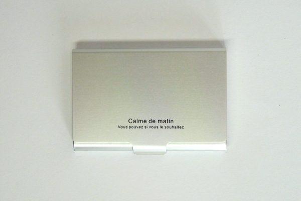 百均浪漫◆ダイソー・カラーアルミ名刺ケース30枚用。詳細写真。