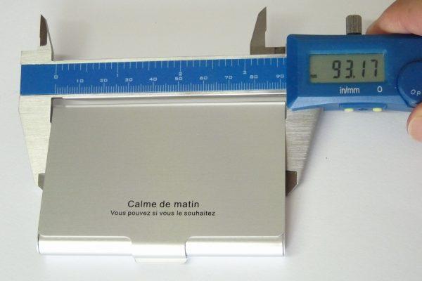 百均浪漫◆ダイソー・カラーアルミ名刺ケース30枚用。サイズ測定。
