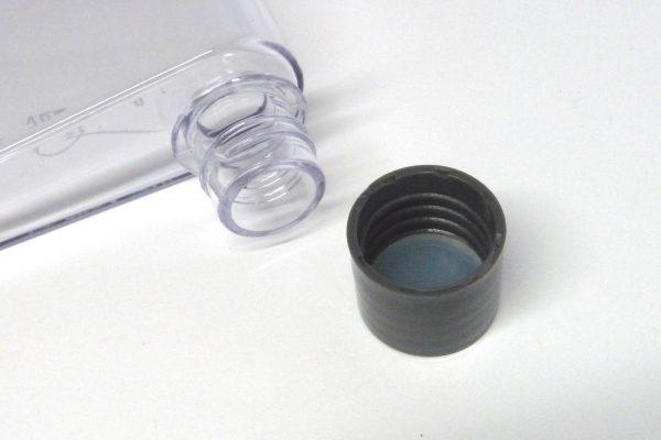 百均浪漫◆ダイソー スリムボトル(約350mL)。フタはシリコンゴムのパッキン付き。
