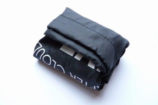百均浪漫◆SIJ KNAP SACK。畳んでおけばコンパクト。お買い物バッグみたい。