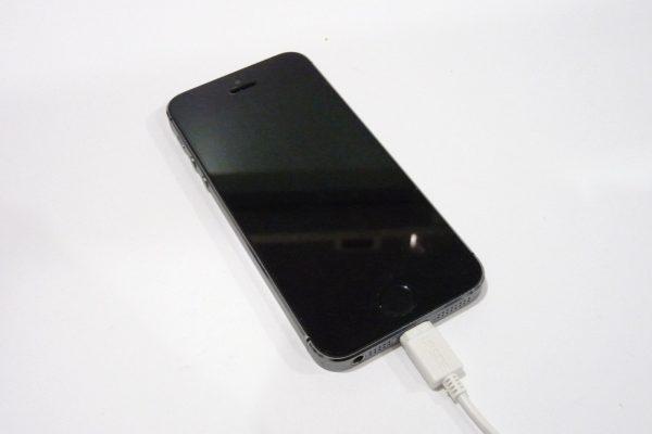 百均浪漫◆E Core iPhone対応USB充電専用ケーブル。詳細写真。iPhone5sで充電できず。