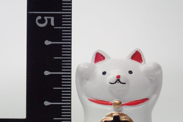 百均浪漫◆招き猫置物。新著測定。