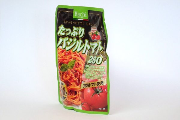 百均浪漫◆ハチ食品 スパゲッティソース たっぷりバジルトマト 260g。パッケージは立つよ!