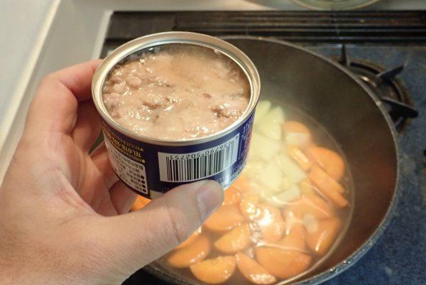 百均浪漫◆冨永食品 さば水煮。中身は盛り付け例そのまんま!
