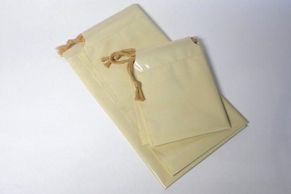 百均浪漫◆日本製。ポリ巾着大小。詳細写真。