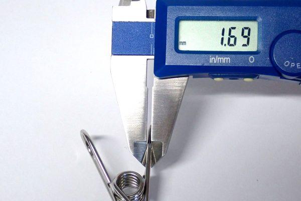 百均浪漫◆ステンレスピンチ 5P。ステンレスピンチ、太さ測定。
