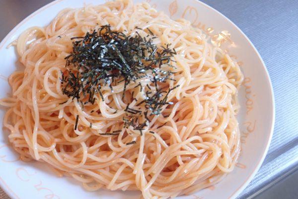 百均浪漫◆ハチ食品 クイックパスタ 明太子 パスタソース。実際に調理して食べてみるよ。