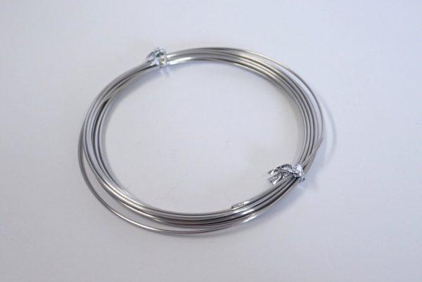 百均浪漫◆ステンレス針金 太さ約1.20mm x長さ3.5m。針金詳細写真。