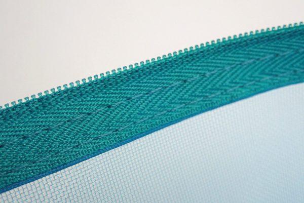 百均浪漫◆メッシュポーチ 18x24cm。縫製チェック。