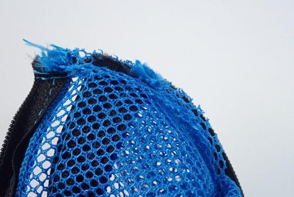 百均浪漫◆メッシュケースSS青。本体詳細写真。縫製チェック。