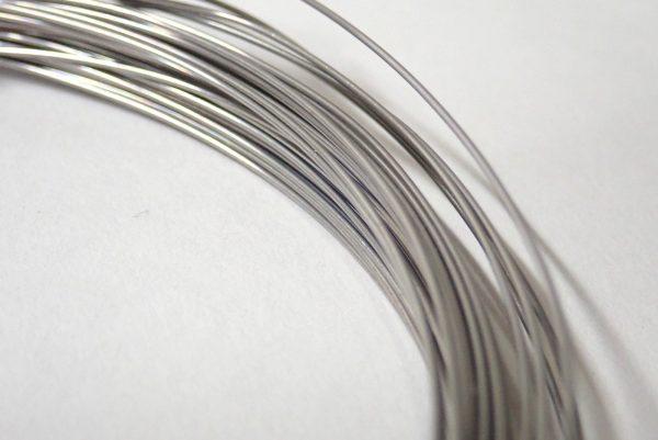 百均浪漫◆エコー金属須天針金約Φ0.55mm x 10m。巻きは悪くない感じ。