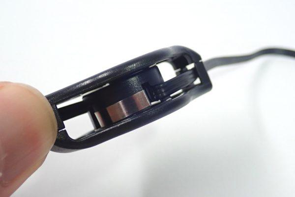 百均浪漫◆丸七 FOMA SoftBank 3G用USB 充電・転送リールケーブル。本体詳細写真。リールケーブル。