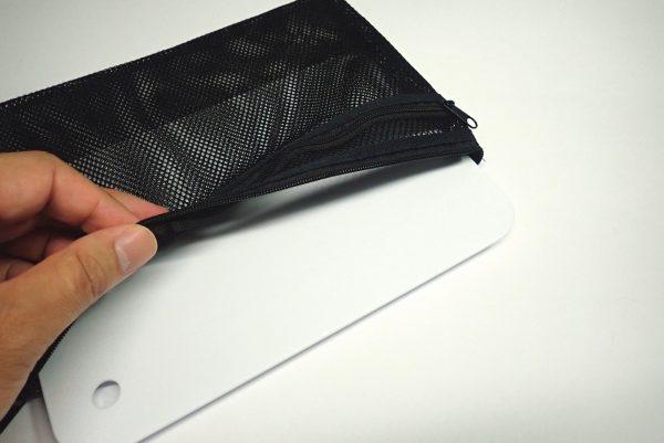 百均浪漫◆ミニサイズのシートまな板。メッシュケースに収納。ぴったり。
