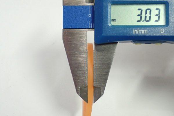 百均浪漫◆幅3mmのワイドゴムバンド100本入り。幅測定。
