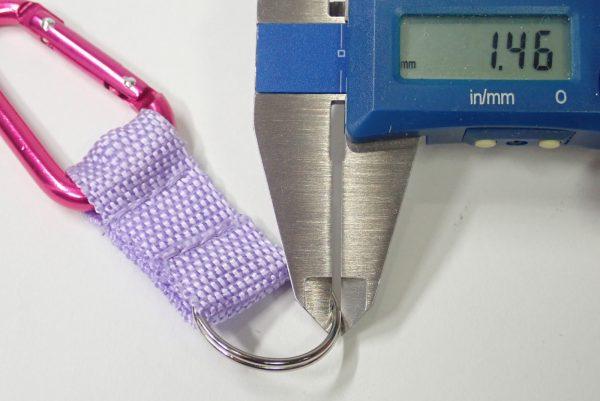 百均浪漫◆ダイソー 58mmアルミカラビナ2個入り。リング寸法測定。