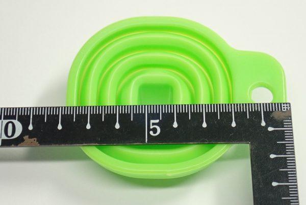 百均浪漫◆100均最小?たためるシリコンロートミニ。本体詳細写真。サイズ測定。