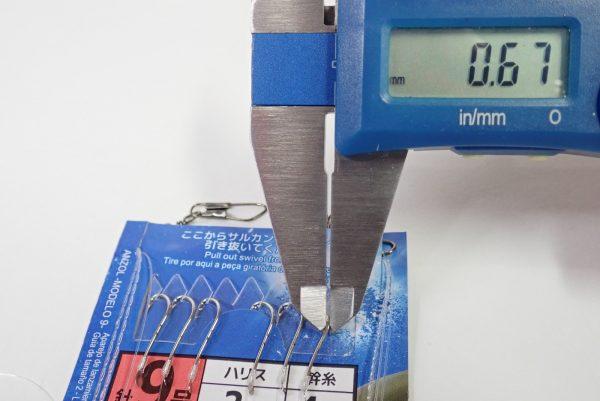 百均浪漫◆ダイソー・釣・投げ釣り仕掛け 針9号ハリス2号道糸4号。釣針径測定。