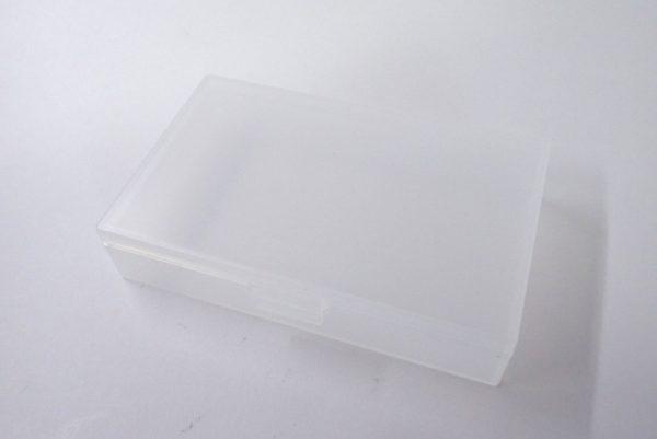 百均浪漫◆和泉化成 日本製 名刺対応サイズ カードケース。本体詳細写真。