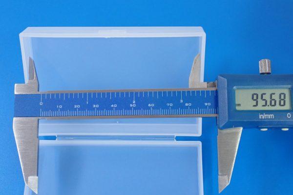 百均浪漫◆和泉化成 日本製 名刺対応サイズ カードケース。サイズ測定。