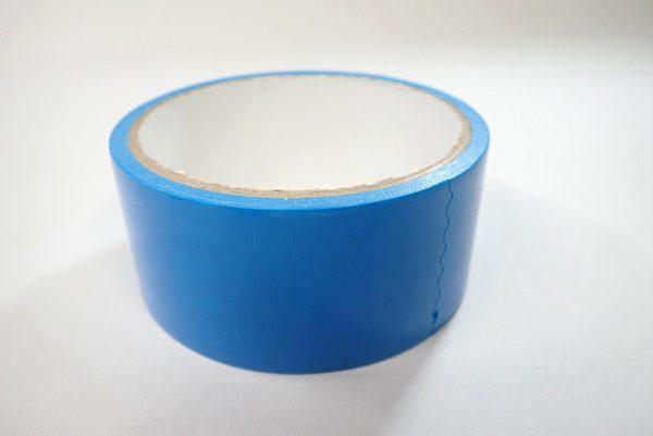 百均浪漫◆日本製 仮止め用 養生テープ 青。養生テープ本体詳細写真。