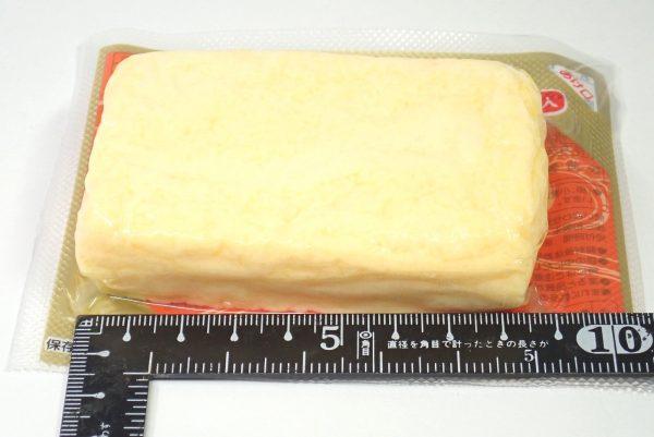 百均浪漫◆三和製玉 だし巻卵焼。サイズ測定。幅約9cm。