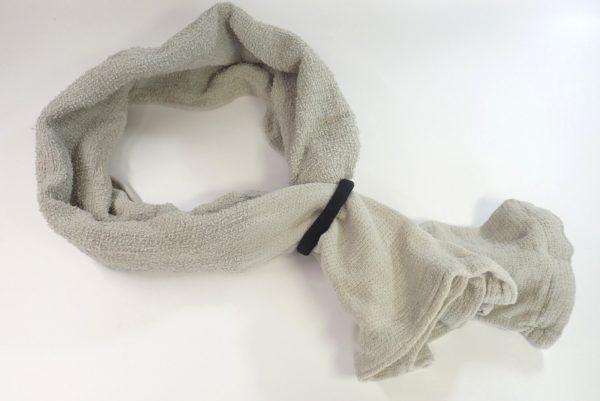 百均浪漫◆ヘアゴム ウォッシャブル 2P。タオルをまとめるのにちょうどいい。