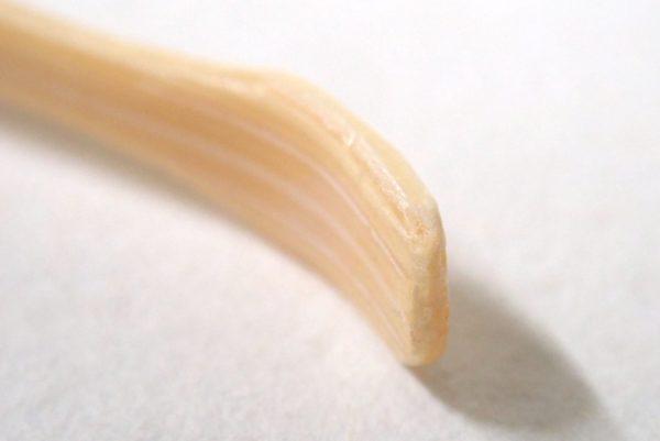 百均浪漫◆天然竹使用の耳かき2本セット。気になる先端はきれいに加工。